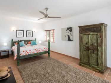Schlafzimmer 2 (216__Schlafzimmer+28.jpg)