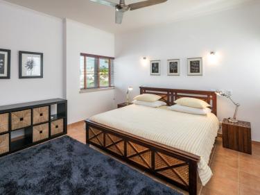 Schlafzimmer 3 (216__Schlafzimmer+317.jpg)