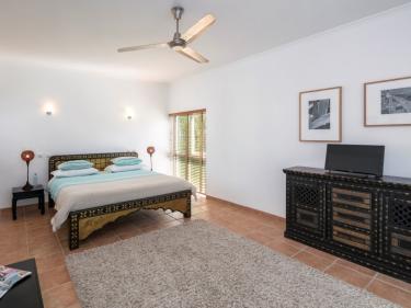 Schlafzimmer 4 (216__Schlafzimmer+419.jpg)