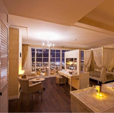 Schlafzimmer mit Bad en Suite bei Kerzenlicht (242__Schlafzimmer+mit+Bad+en+Suite+bei+Kerzenlicht16.jpg)